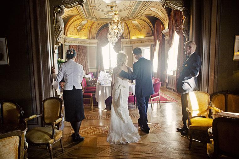 Lantligt Bröllop Stockholm ~ Bröllop på Grand Hotel Stockholm Fotograf Lieselotte Van Der Meijs